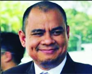 Anton Permana, Dt Hitam - Pengamat