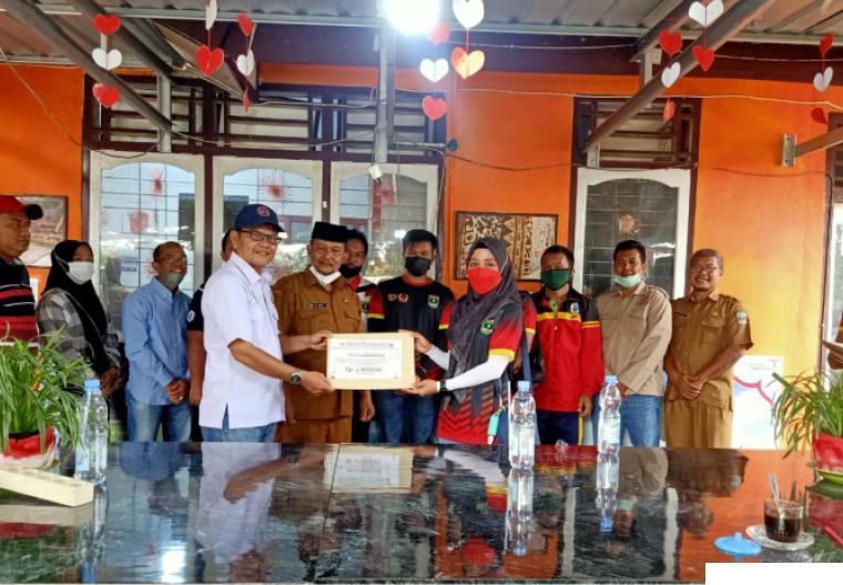 Acara pelepasan atlet PON dari Dharmasraya oleh Ketua KONI Dharmasraya H Eri Antoni Dt. Tumanggung  dan Kepala Dinas Parbudpora di Pulau Punjung. DI