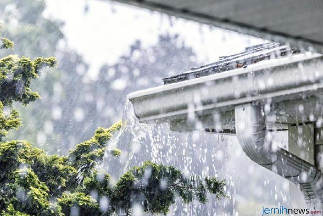 Ilustrasi hujan lebat (Foto: iStock/Willowpi)