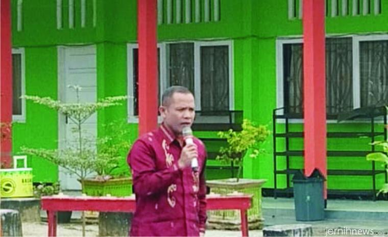 Kepala Cabang Dinas Pendidikan Wilayah IV meliputi Tanah Datar,  Limapuluh Kota,Payakumbuh, Asri Cun, M.Pd.
