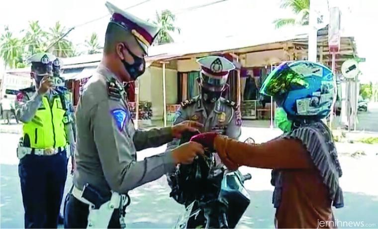 Suasana Operasi Zebra Singgalang 2020 di wilayah hukum Polres Solok Kota. JON