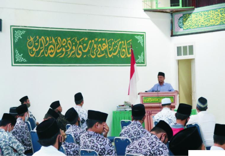Kuliah Umum Perguruan Thawalib Padang Panjang yang dilaksanakan sebelum memulai aktifitas PBM tatap muka, Rabu (12/08/2020) di Aula Perguruan tersebut. JON