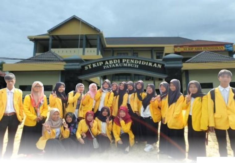 Mahasiswa dan kampus STKIP Abdi Pendidikan Payakumbuh di Jl. M. Yamin, Padang Tiakar, Kota Payakumbuh. Kampus ini membuka pendaftaran Penerimaan Mahasiswa Baru (PMB) Tahap II Tahun Akademik 2021/2022. IST