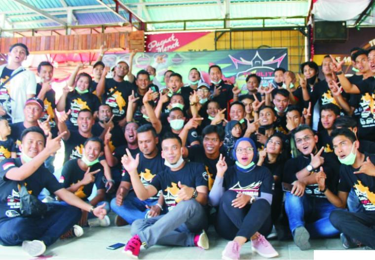 Pengurus dan anggota Tovility Chapter Sumbar saat deklarasi, Minggu (21/02/2021) di Cafe Pucuk Merah, Gunung Pangilun, Padang. IST