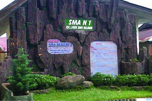 Taman di salah satu sudut SMAN 1 Lareh Sago Halaban, Kabupaten Limapuluh Kota. NER
