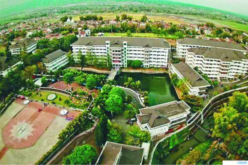 Kampus Universitas Muhammadiyah Malang (UMM). Kampus ini menorehkan prestasi membanggakan dengan menempati posisi nomor satu di dalam daftar 2021 Top Islamic Universities versi UniRank yang dirilis pada Rabu (18/02/2021). NET