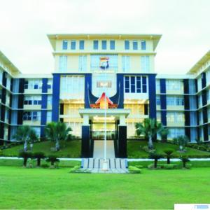 Gedung Mapolda Sumbar, Jl. Sudirman, Kota Padang. TNS