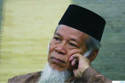 Mantan penasihat KPK Abdullah Hehamahua dipilih sebagai Ketua Majelis Syuro Partai Masyumi yang baru dideklarasikan Sabtu (7/11). CNN Indonesia