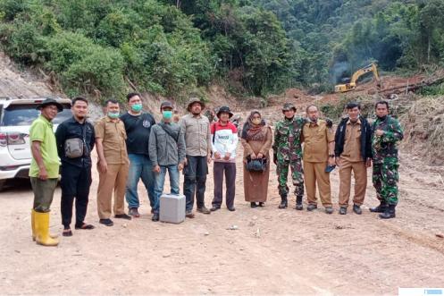 Sebelum resmi dibukanya TMMD 2021, Senin (07/06/2021) dilakukan survey hutan alam primer untuk perencanaan Izin Pinjam Pakai Kawasan Hutan (IPPKH). IST