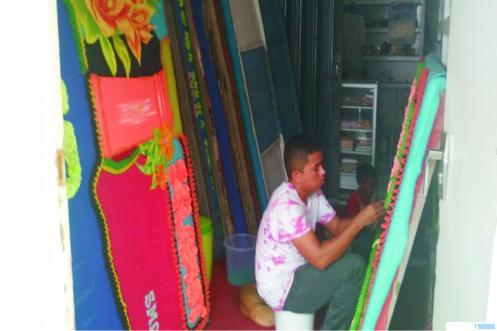 Salah satu usaha florist atau papan bunga di Padang Sumatera Barat yang tidak dapat mengakses KUR, karena rumit dan beratnya persyaratan KUR.  ERZ