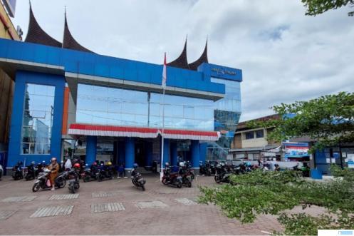 Bank Nagari Payakumbuh di Jl. Sudirman Kota Payakumbuh. IST