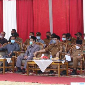 Walikota Bukittinggi Erman Syafar dan Wawako Marfendi bersama dengan Syafrizal tim penilai kelurahan beprestasi tingkat Provinsi Sumatera Barat saat menghadiri acara penilaian Kelurahan Campago. KOMINFO BUKITTINGGI
