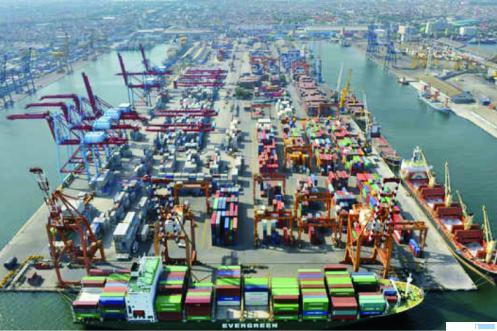 Aktifitas Pelabuhan Kontainer Tanjung Priok beberapa waktu lalu. IST