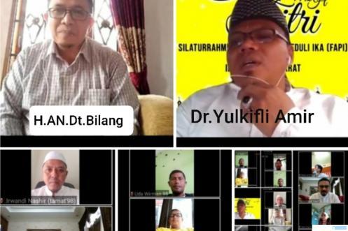 Ustadz H.Alber Nashir Dt.Bilang, dosen Ma'had al-Jami'ah Serambi Mekkah, pada silaturahim secara virtual alumni MAN Koto Baru Padang Panjang,Sumatera Barat, Sabtu (22/5/2021). IST