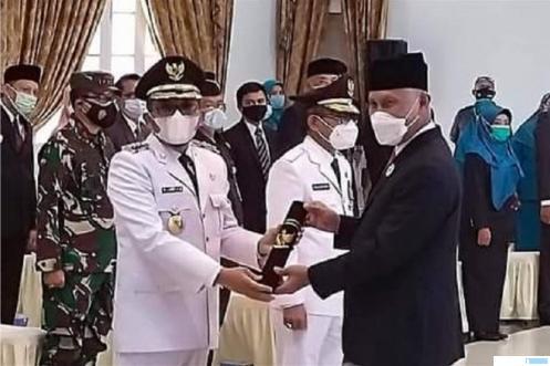 Gubernur Sumbar Mahyeldi melantik Hendri Septa sebagai Walikota Padang, Rabu (07/04/2021) di Auditorium Gubernuran Sumbar. NET