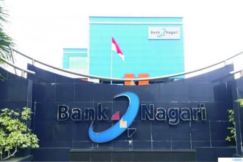 Kantor Pusat Bank Nagari di Jl. Pemuda, Kota Padang. Bank ini tengah dalam proses perubahan dari konvensional menuju sistem syariah. NET