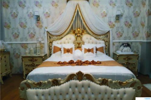 Kamar penganten hasil karya Karin Gorden dan Boutique