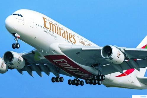 Pesawat maskapai Emirates. NET