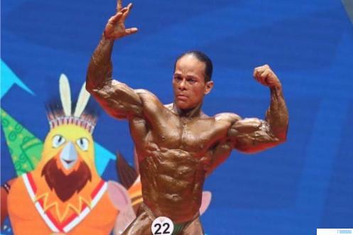 Atlet Binaraga Sumbar, Muswar alias Iwan Samurai (Kelas 75 Kg) yang memperoleh medali emas di PON XX Tahun 2021. NET