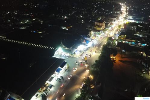 Kondisi malam hari pusat Kota Payakumbuh yang terkenal dengan wisata kulinernya. Kini wisata kuliner Payakumbuh masuk dalam wisata unggulan  Provinsi Sumatera Barat. DOK/PEMKO PYK