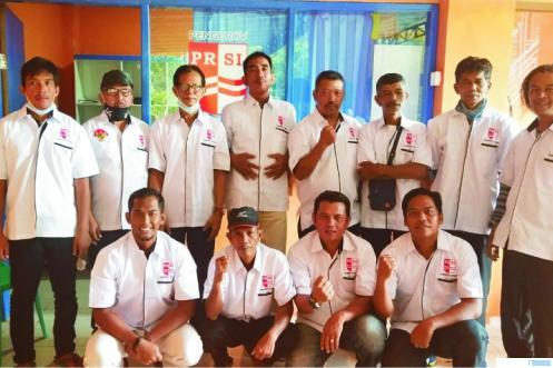 Pengprov PRSI Sumbar setelah melaksanakan silaturahmi dan penyusunan rencana kerja dan AD ART PRSI Sumbar di Sekretariat PRSI Sumbar di Lubuak Mato Kuciang Padang Panjang. DI