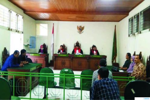 Persidangan kasus caleg di PN Bukittinggi, Rabu (01/04/2020). JON