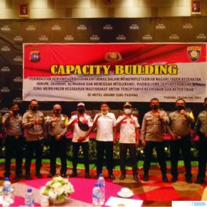 Pokdar Kamtibmas Solok Kota yang mengikuti Capacity Bulding Ditmas Polda Sumbar, Jumat (29/01/2021) di Hotel Grand Zhuri, Kota Padang.