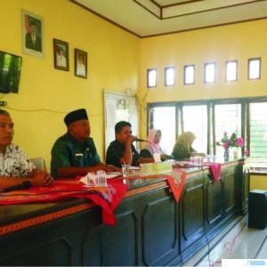 Pemberian penjelasan tentang PPDB SMAN 2 Pasaman di Pasbar, Selasa (07/07/2020). RIZAL