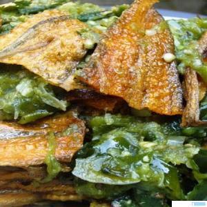 Goreng ikan asin balado, ciri khas menu RM Ikan Asin yang rasanya luar biasa enak. Apalagi jika disajikan dengan jengkol atau pun petai. NET