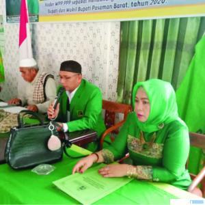 Pengurus DPC PPP Pasbar memberikan keterangan pers, Jumat (19/03/2021). RIZAL