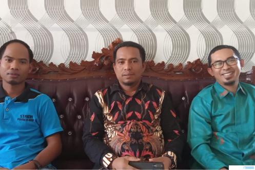 Ketua Staida Payakumbuh Ahmad Deski, S.Si, MA (tengah), Wakil Ketua 2 Staida Dr (c) Efizal, MA (kiri) dan Wakil Ketua 3 Staida M. Rizqi, MA (kanan). ERZ