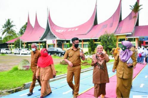 Swab Massal, 42 Guru di Payakumbuh Positif Covid