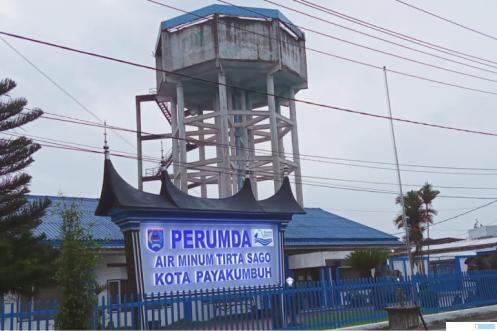 Kantor Perumda Air Minum Tirta Sago (Pamtigo) Payakumbuh di Jl. M. Yamin, Kota Payakumbuh. ERZ