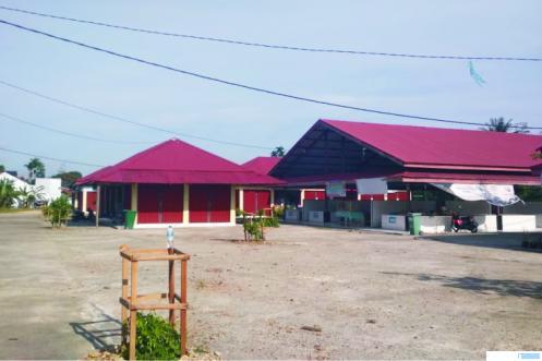 Pasar Tradisional Padang Kaduduak, Kecamatan Payakumbuh Utara, Kota Payakumbuh yang masih sepi hingga Rabu (09/12/2020). Pasar ini telah mulai operasional sejak tiga tahun lalu. ERZ