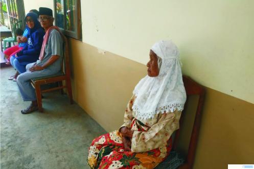 Salah seorang warga Panti Jompo Yayasan Lansia Jasa Ibu, Situjuh Limo Nagori, Kabupaten Limapuluh Kota. NITA