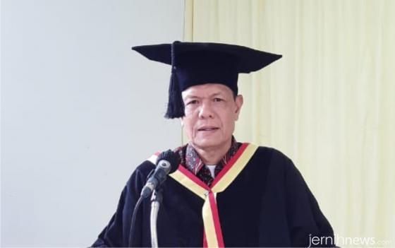 Ketua STKIP Abdi Pendidikan Payakumbuh, Drs. Yuhasnil, M.Pd. DOK.STKIP AP PYK