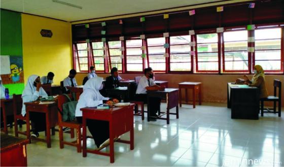 Proses belajar tatap di muka SMA INS Kayu Tanam saat pandemi Covid-19. IST