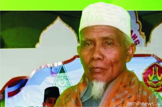 KH. Sudirman Syair, Pimpinan Ponpes Ma'arif As Sa'adiyah.