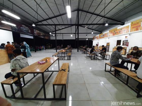Food Court INS. IST